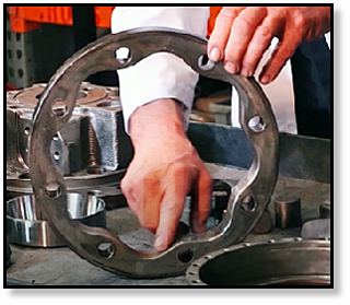 cam-ring-failure-radial-piston-hydraulic-motor-final-drive.png