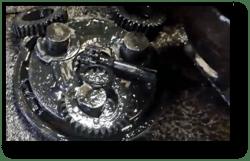 final-drive-hydraulic-motor-gear-oil-sludge.png