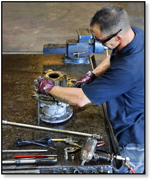 final-drive-travel-motor-track-motor-hydraulic-motor-reman-repair-rebuild.png