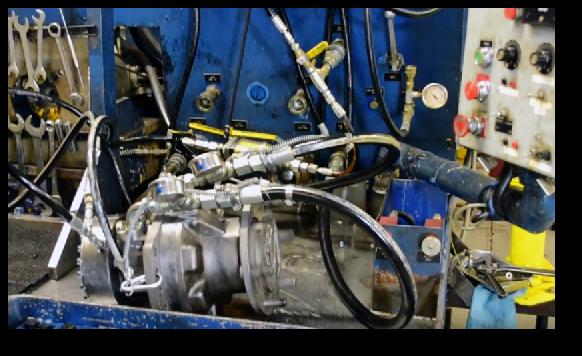 testing-final-drive-travel-motor-hydraulic-motor-02