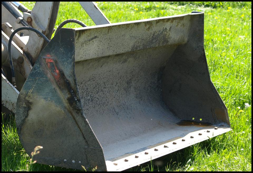 excavatorbucket-blog.png